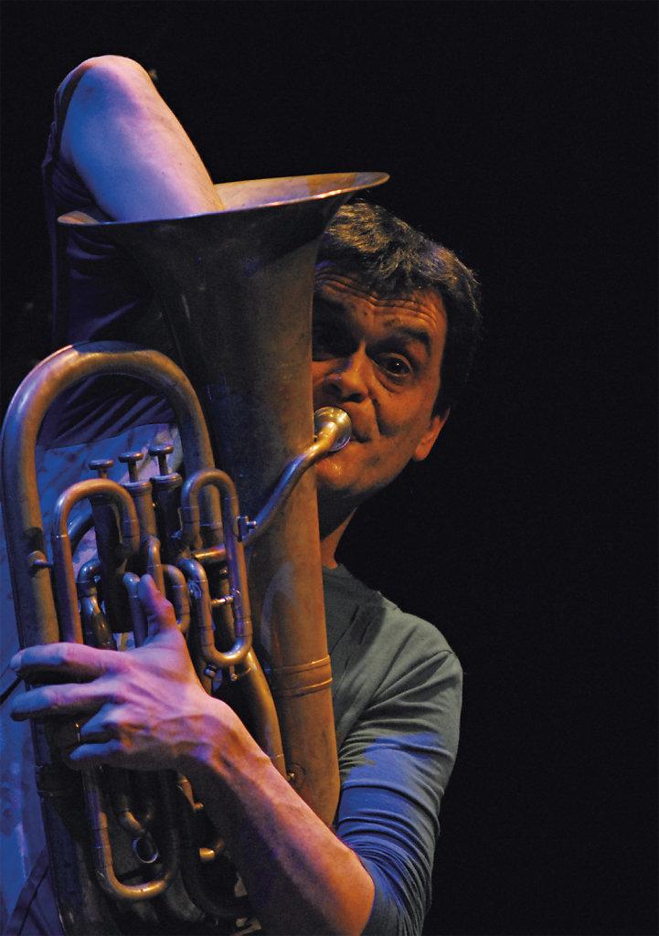Michel Massot / Tuur Florizoone / Marine Horbaczewski (B)
